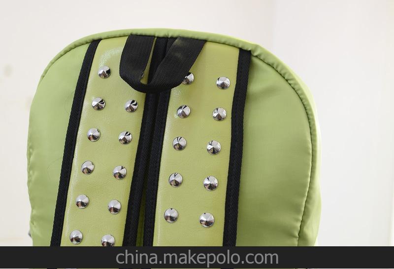 语莱2014夏季新款包包 个性铆钉荧光双肩包 学院风学生包