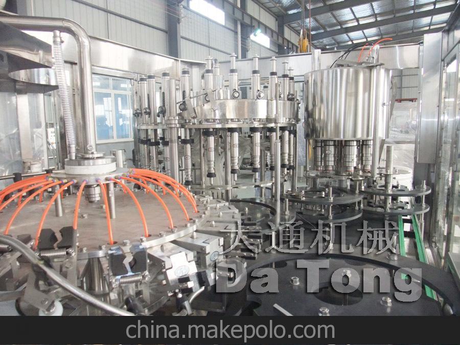 8000瓶每小时果汁热灌装设备.专业生产三合一饮料机械设备