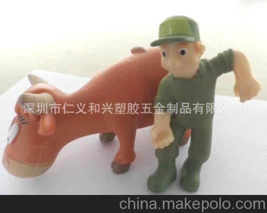 厂家直销pvc礼品款式新颖动物卡通人物公仔 深圳玩具制造毛绒
