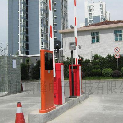 麟峰电子-中距离停车系统安装效果图