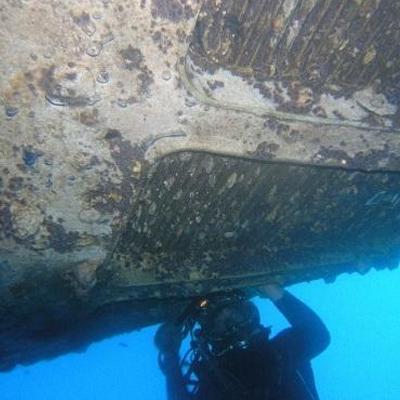 海豚水下主营-船底堵漏